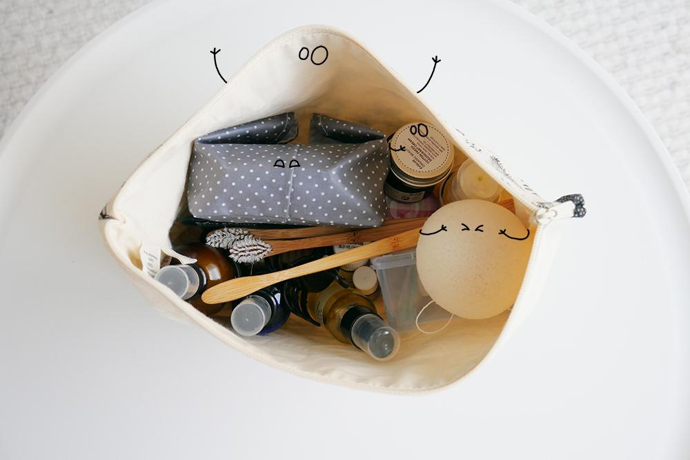trousse de toilette minimaliste